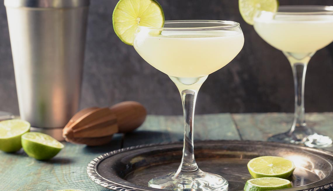House-Cleaning-Services-in-Kansas-City-KS-Classic-Cocktail-Recipes
